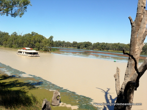 Muddy Darling flowing into Murray