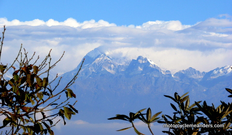 Mt Kangchenjunga from Darjeeling Mall