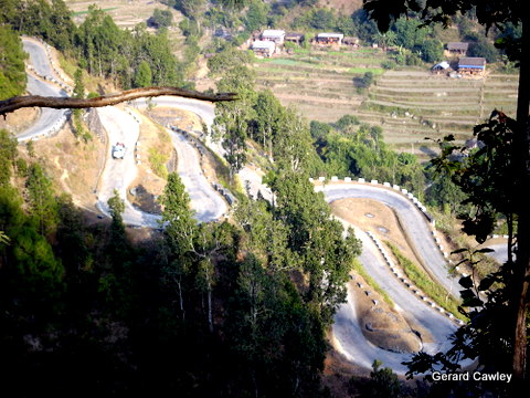 Switchbacks on old Rajpath Hwy